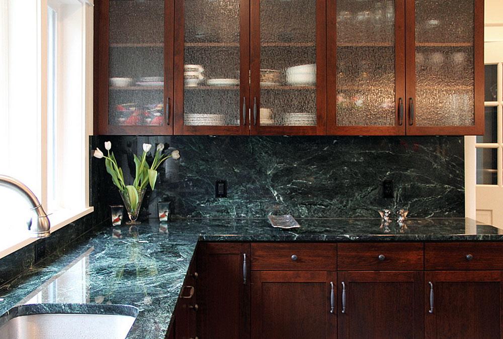 зеленый мрамор на кухне