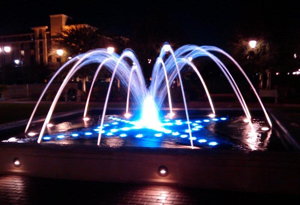 фонтан рыбий хвост